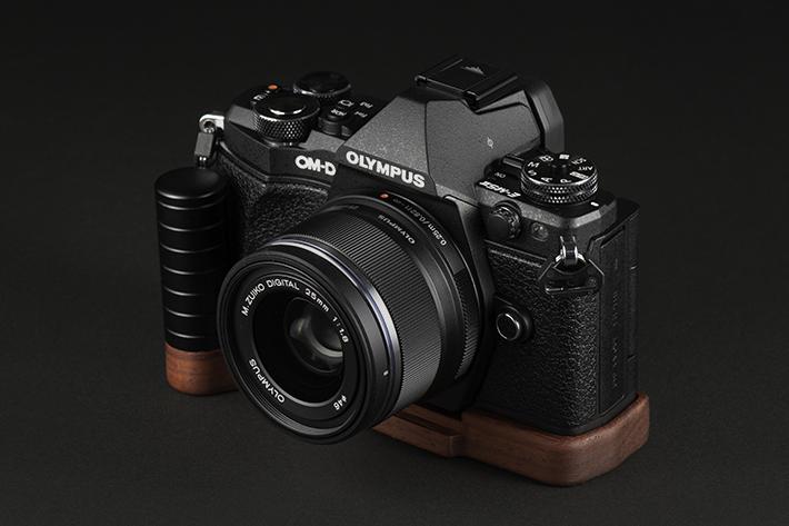 OLYMPUS E-M5 MarkII専用グリップ付きカメラベース