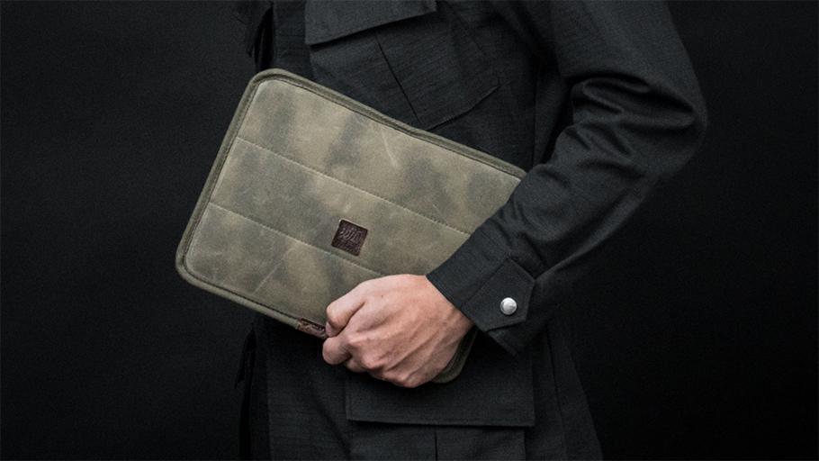 トゥルーパー S  iPadスリーブ
