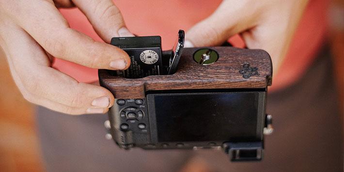 Panasonic GX7MK2/GX85専用グリップ付きカメラベース使用例